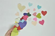 לבבות נייר