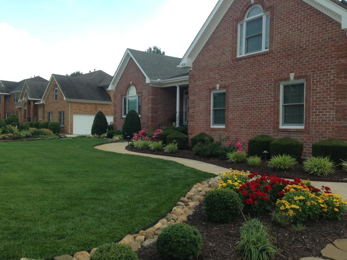 Buy 3 Weeks Lawn Care Get 1 Free!
