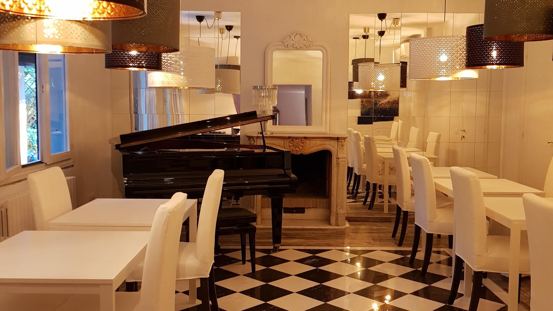 The Dining Room, inspired to XVIII century design