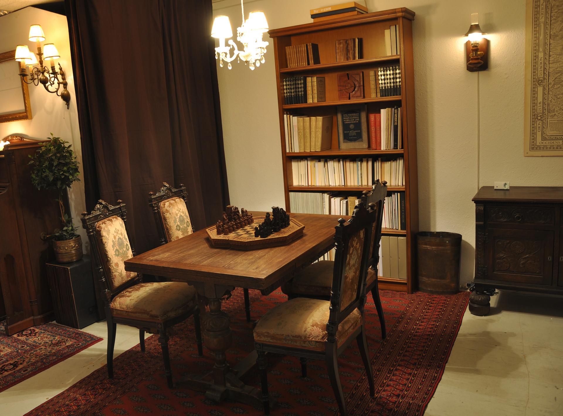 Bibliothek 2.jpg