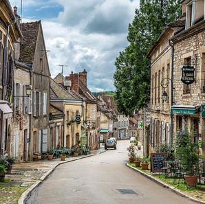 Vézelay Rue