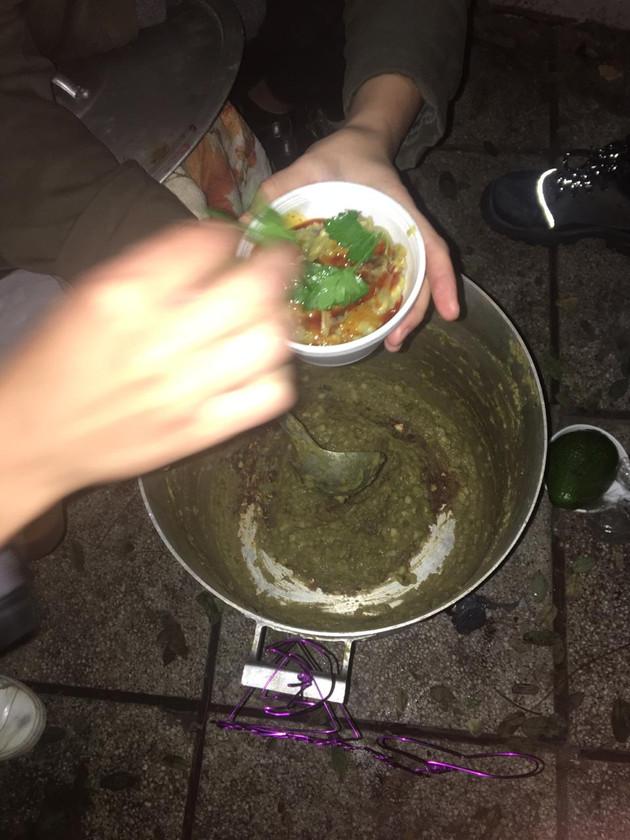 olla popular / Soup kitchen