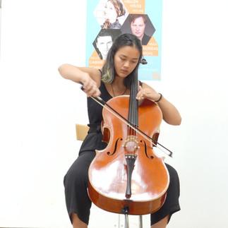 Eleonora Yung, Violoncello