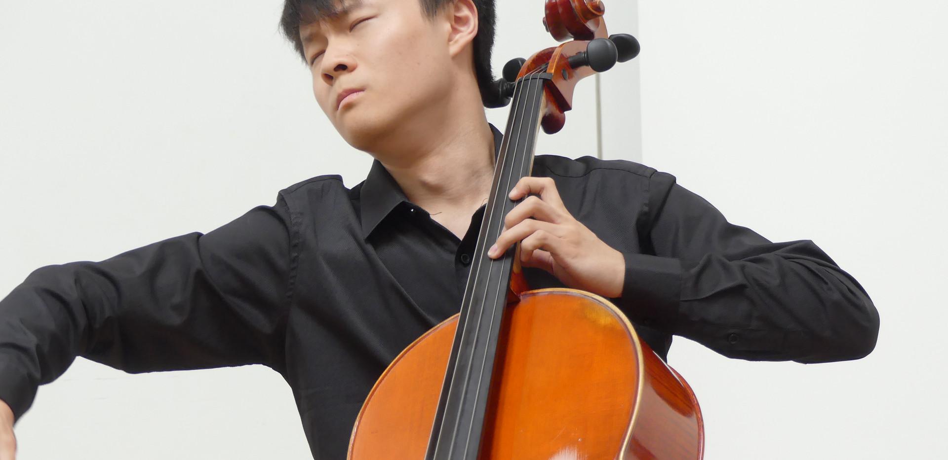 Yibai Chen