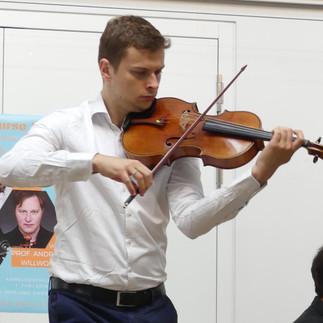 Matthias Schnorbusch, Viola