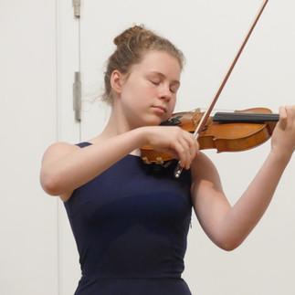 Martha Herbst, Violine