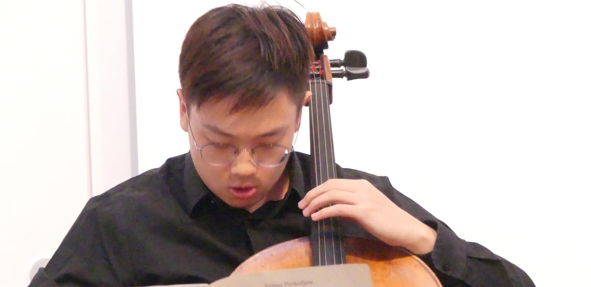 Xiaotang Xu