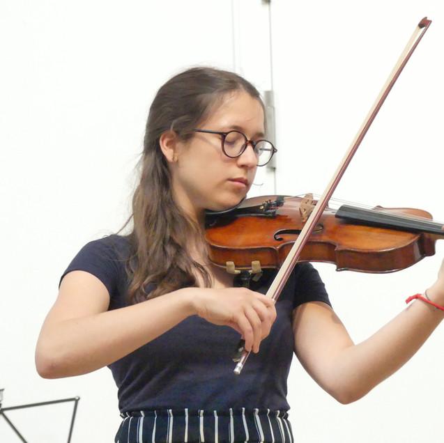 Valentina Toni, Violine