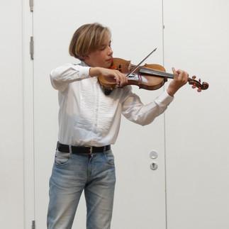 Louis Ferdinand Glauch, Violine