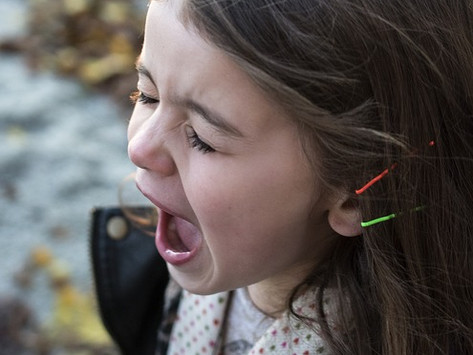 """5 Tricks kids use to get what they want and how to """"trick"""" them back!"""