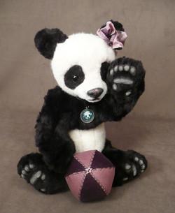 MoMo the Panda