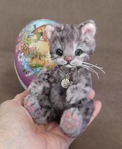 Easter Kitten Surprise!