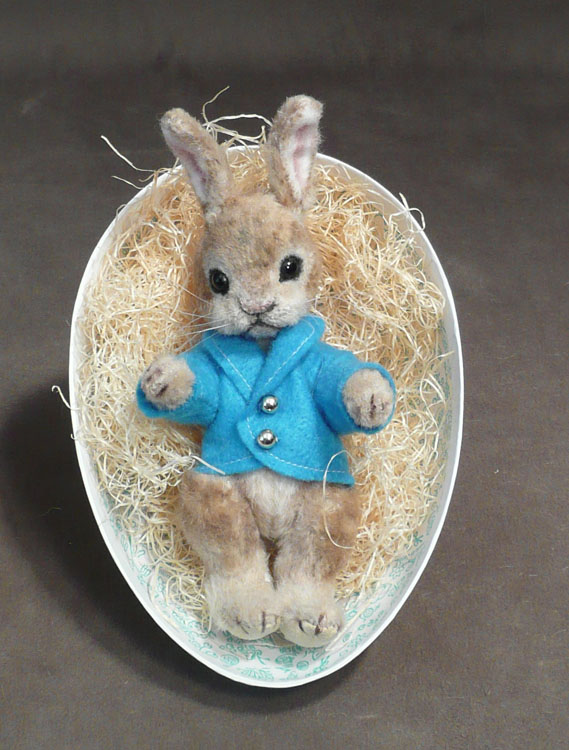 Peter Rabbit the No No Palm Bunny