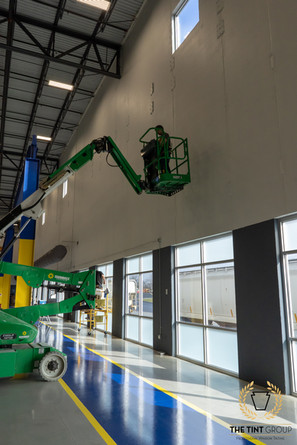 High reach lift for window tinting