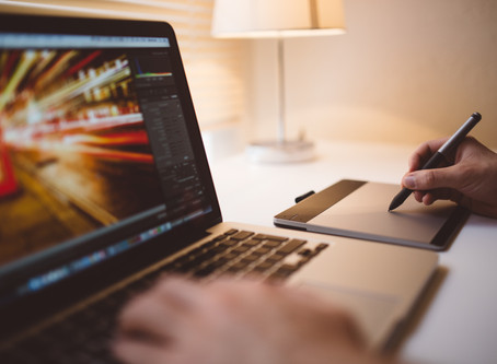 4 Graphic Design and Data Visualization Creators for Beginners
