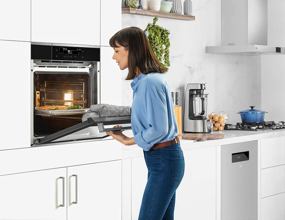 Beko 2019 Cooking Combi Steam+ Oven Feat