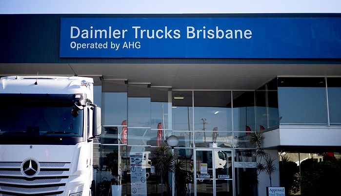 Daimler-Trucks-custom-uniforms.jpg