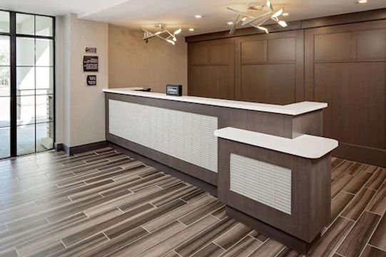 Homewood Suites Ronkonkoma, New York - F