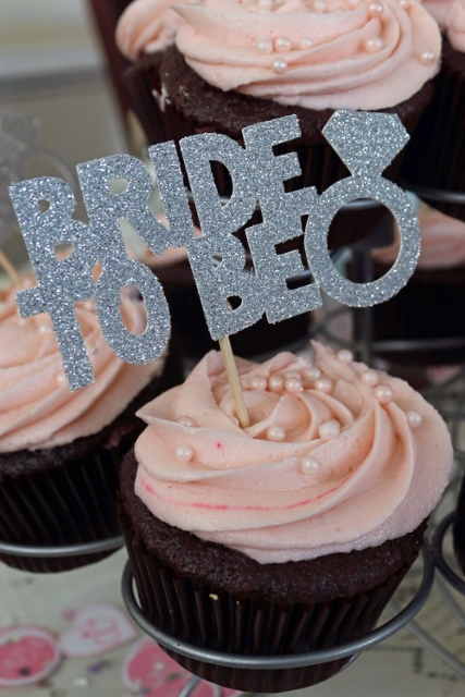 Chocolate cupcakes - bride to be .jpg