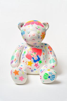 10. Lucky bear, 30x33x30cm, Acrylic on p