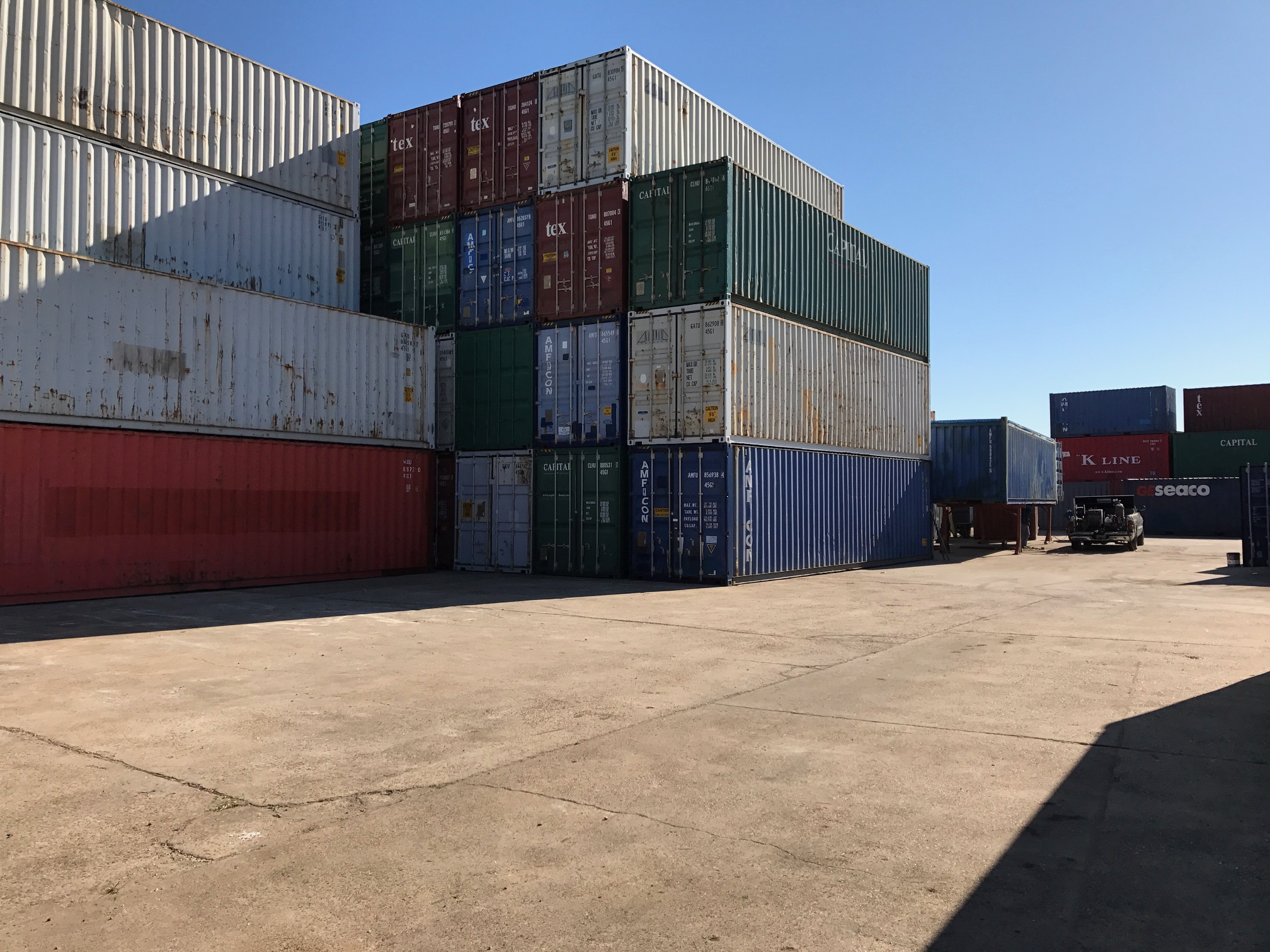 40' CONTAINER STACK