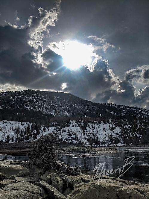 Trail Sun Rays