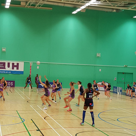 Netball Squad learn from the professionals...