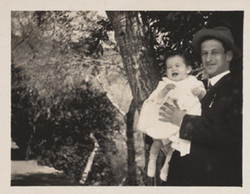 Sam and baby Ernest Lilienthal, 1911
