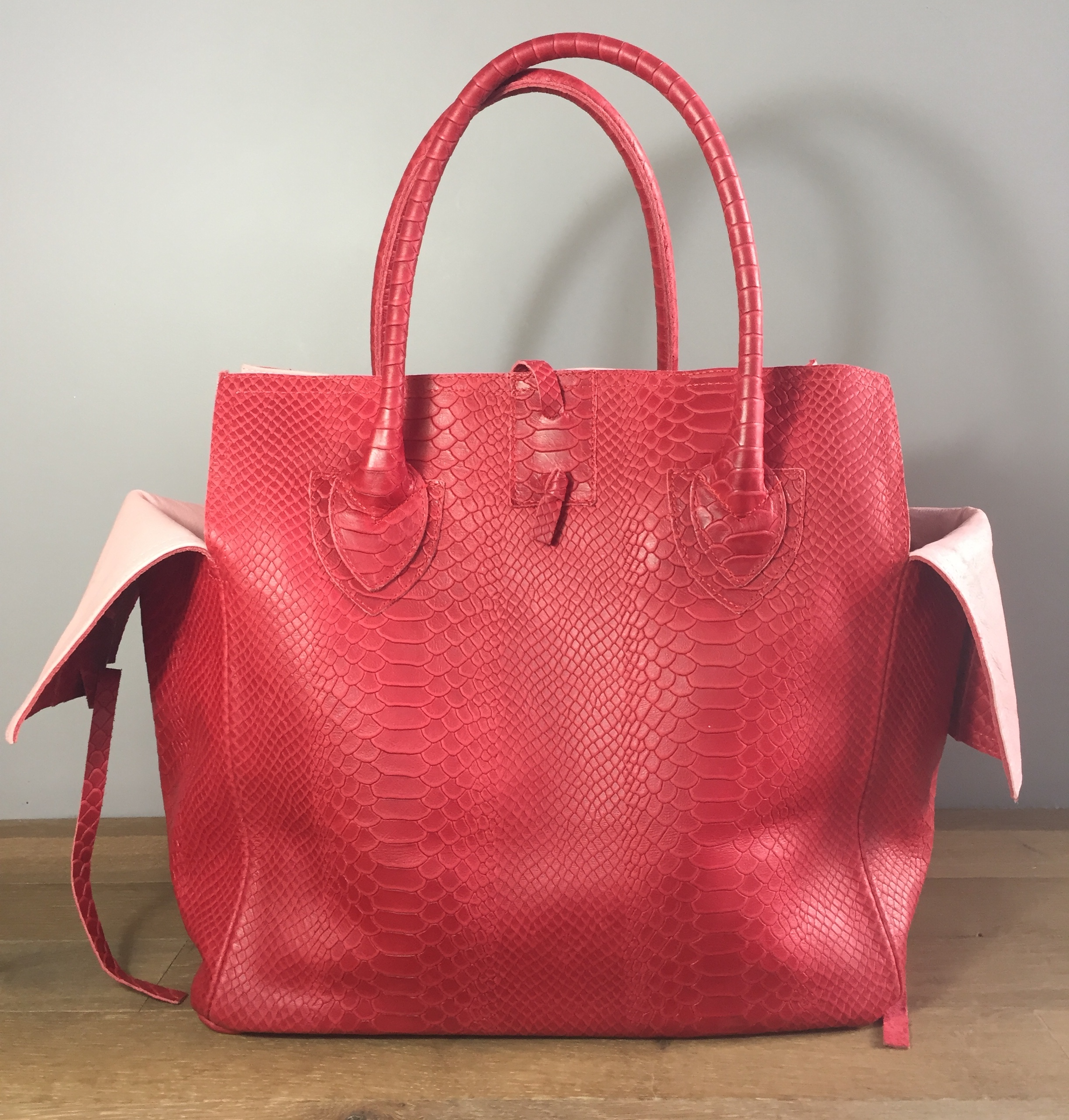 5eabe7aeb4 all bags are 100% genuine leather