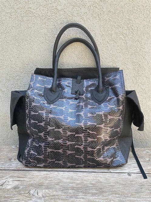 MEDIUM BAG  Lila Black Print