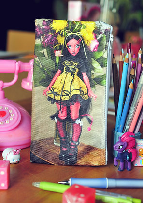 Selty & Flowers Ery Pencil Case