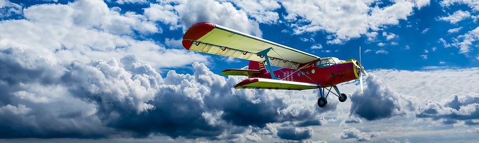 aircraft-1499171_1920.jpg
