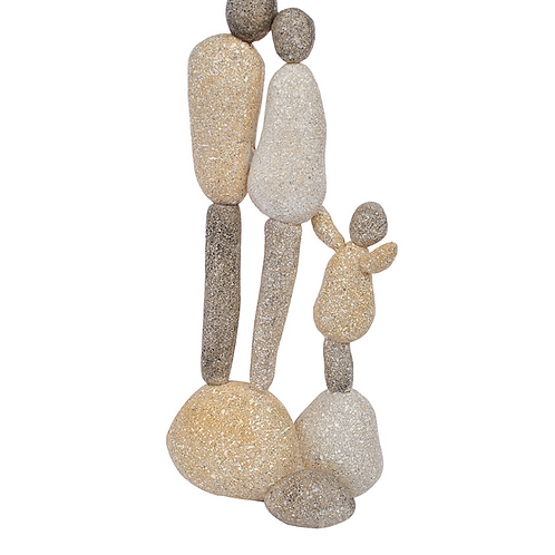 PEBBLE COUPLE WITH CHILD