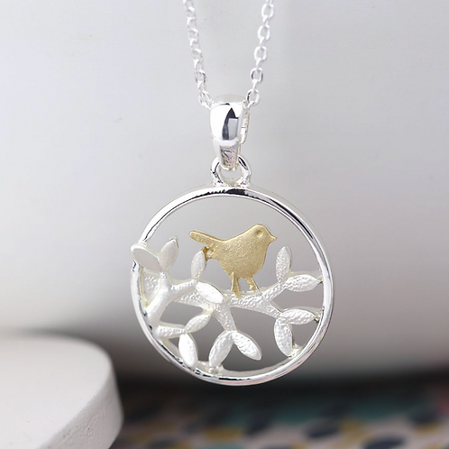 Silver plated leaf and golden bird circle necklace