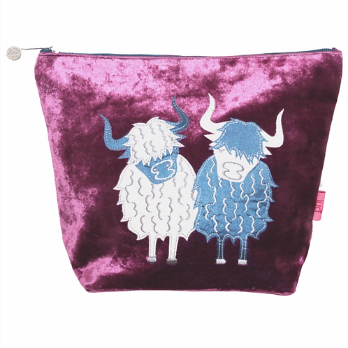 Highland Cow Large Cosmetic Purse