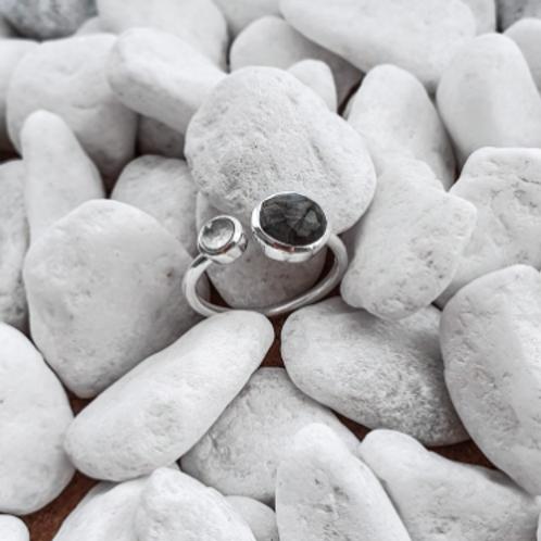 Keithia Silver Ring with Labradorite & Chalcedony stones