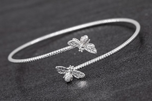 Honey Bee Detailed Silver Plated Bangle