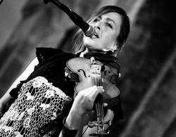 KELTIAC - original music & irish dance show - www.keltiac.com - Ciara Brennan - vocals