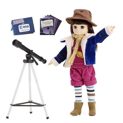 בובת לוטי חוקרת הכוכבים