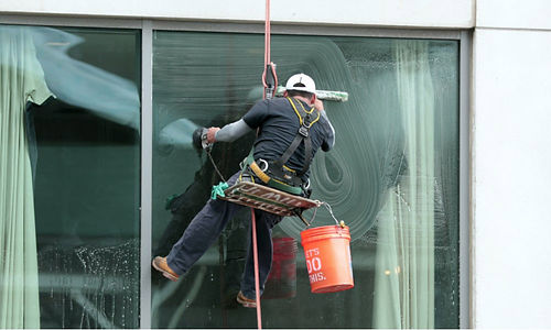 How-Much-Do-Window-Washers-Make.jpg