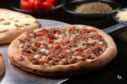 Esfiha de carne Pizzaria Bella Itália