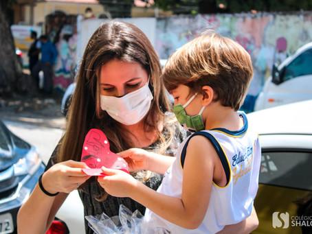 Galeria: Pit Stop do Dia das Mães 2021 | Colégio Shalom