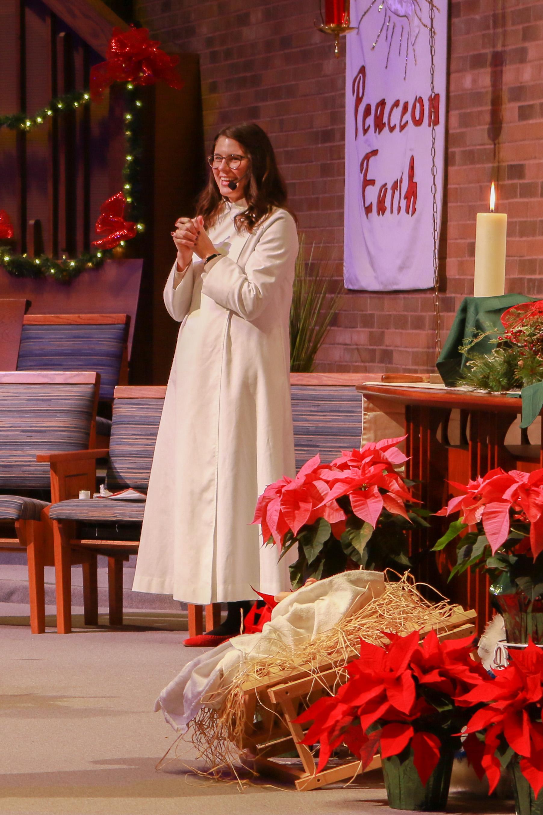 2019-12-24 Christmas Eve Service-5