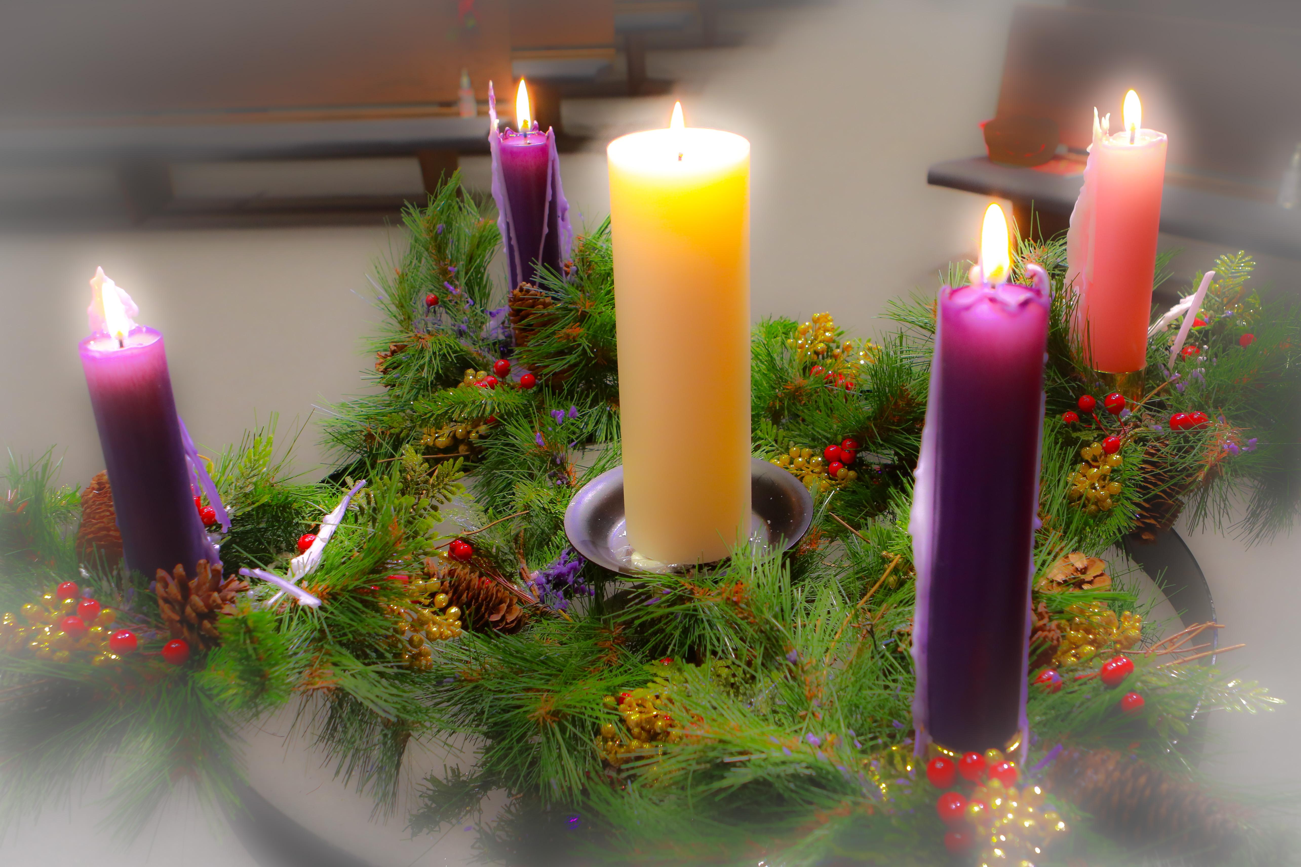 2019-12-24 Christmas Eve Service-8