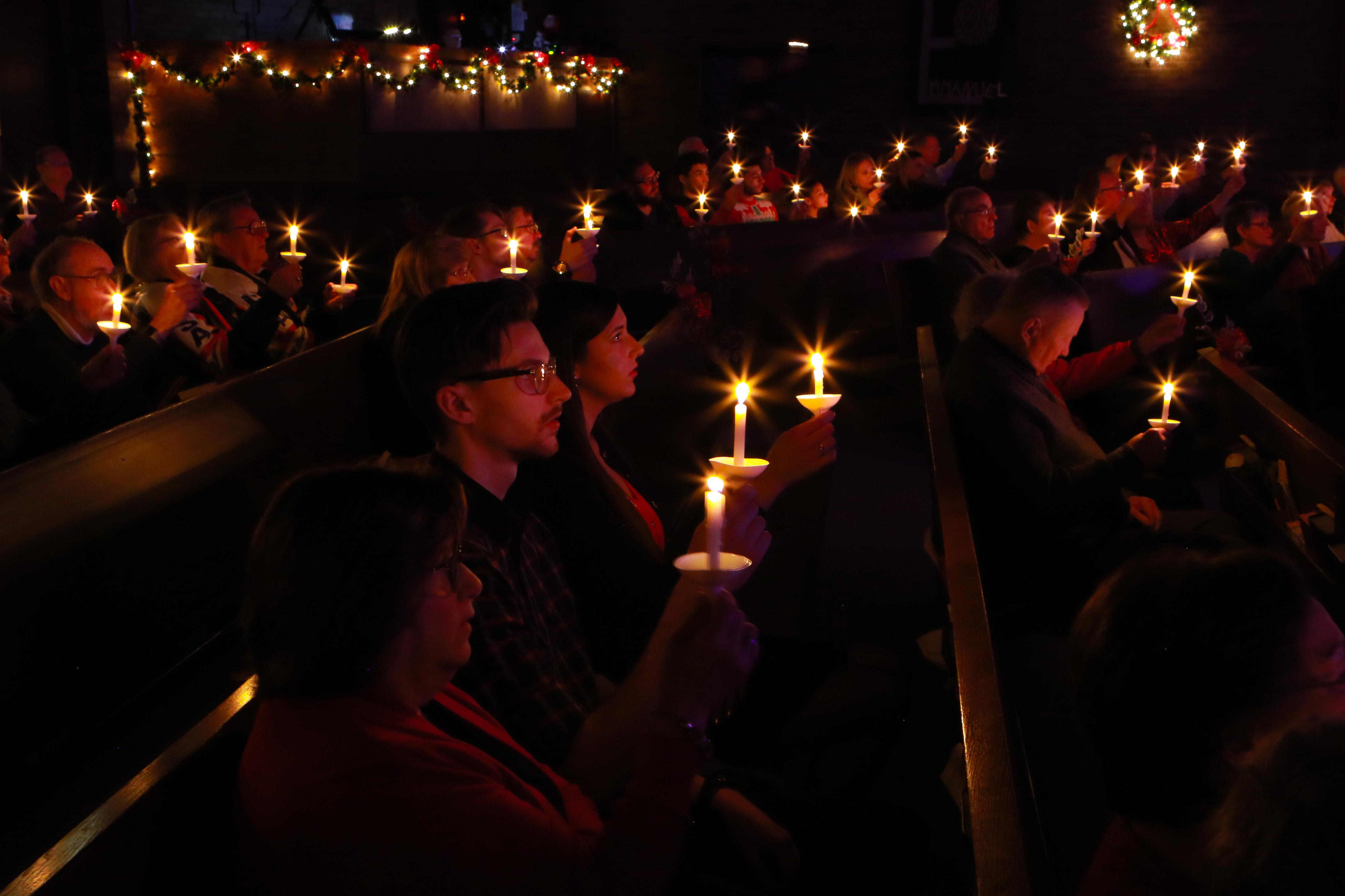 2019-12-24 Christmas Eve Service-3