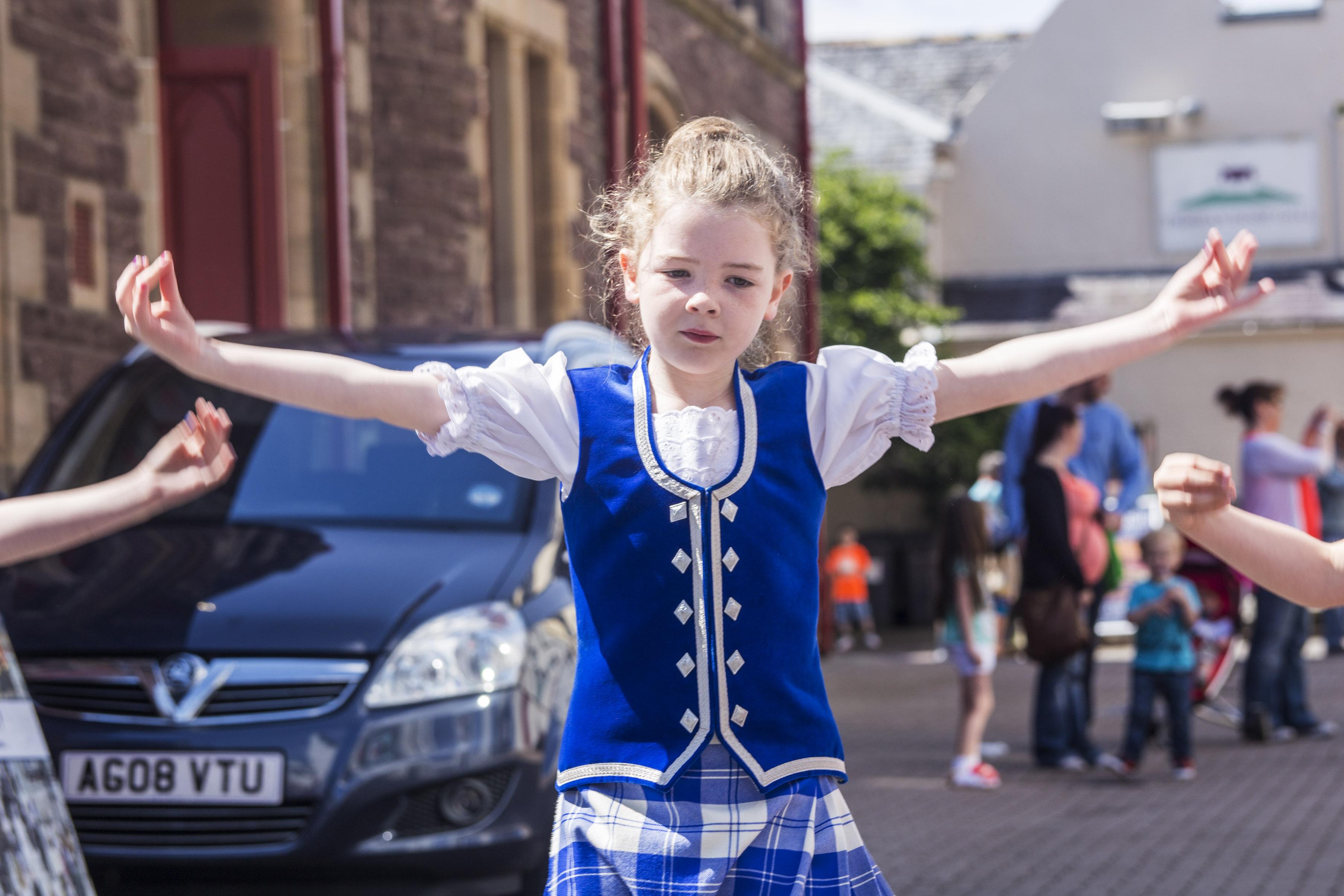 Highland Dancers 3