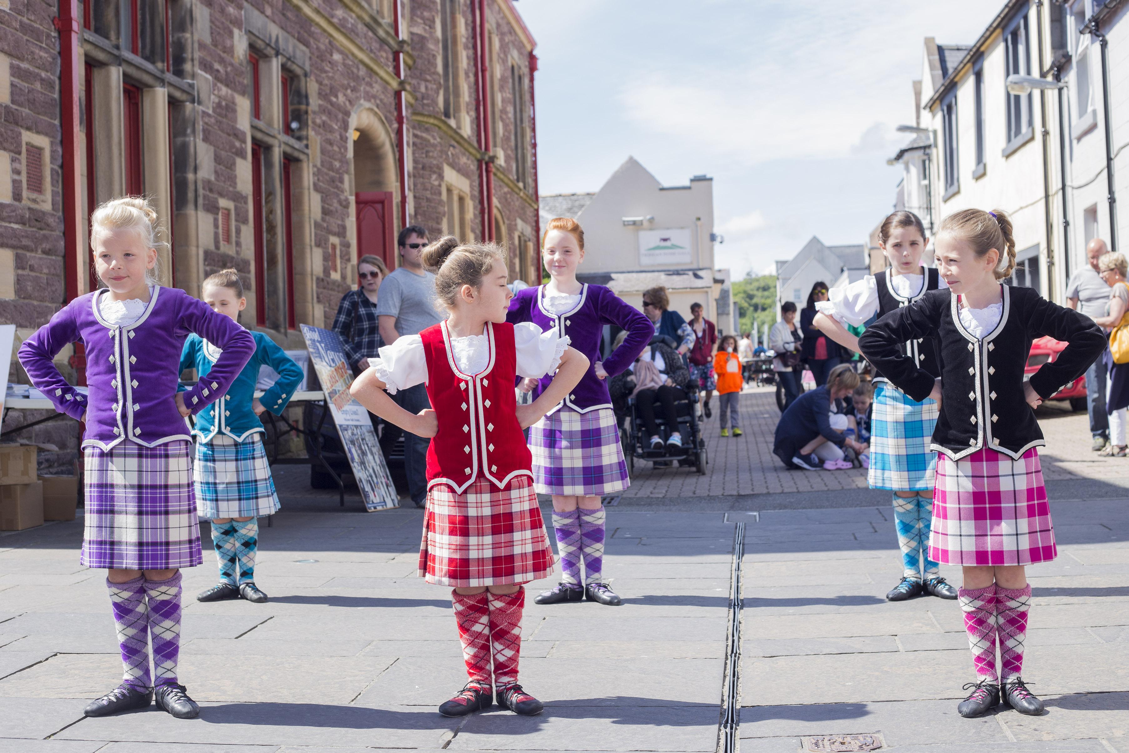 Highland Dancers 1