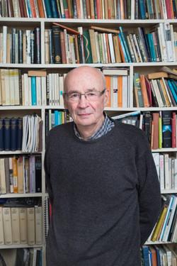 Dr Finlay Macleod