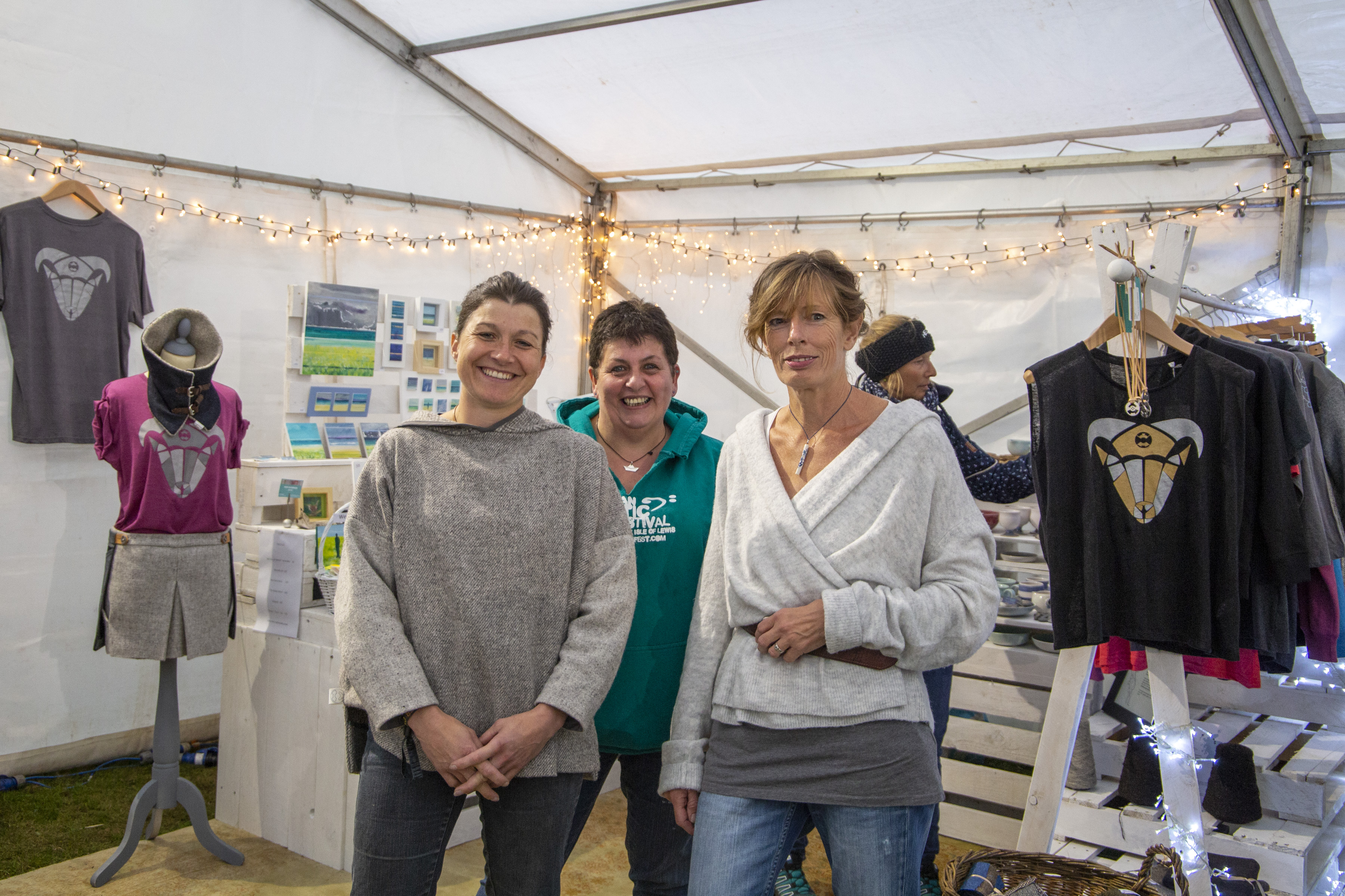 craft tent  Thurs072018_5 copy