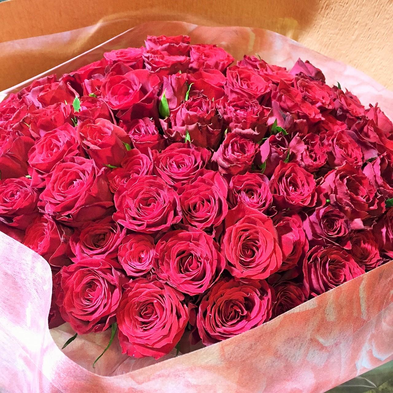 赤バラの花束 ツボイフローリスト